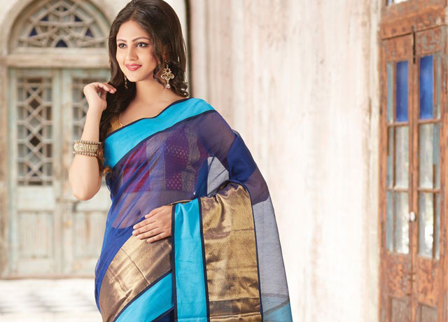 Reasons behind popularity of a saree
