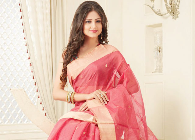 Enrich Your Wardrobe With Traditional Ethnic Sarees